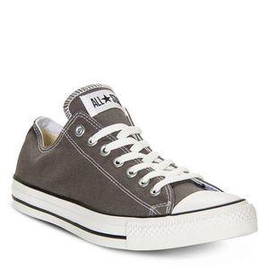 Grey low top converse size women 9!